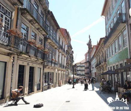 Rúa Mouzinho da Silveira