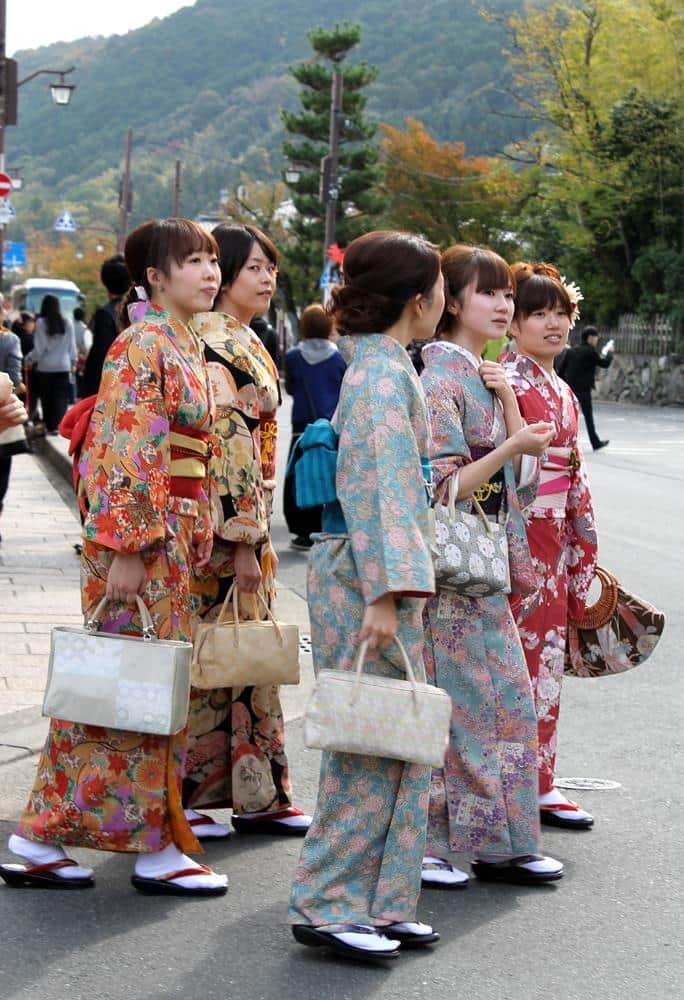 kimonos-kiota-japon