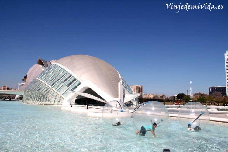 Ciudad de las Artes y las Ciencias Valencia Espana