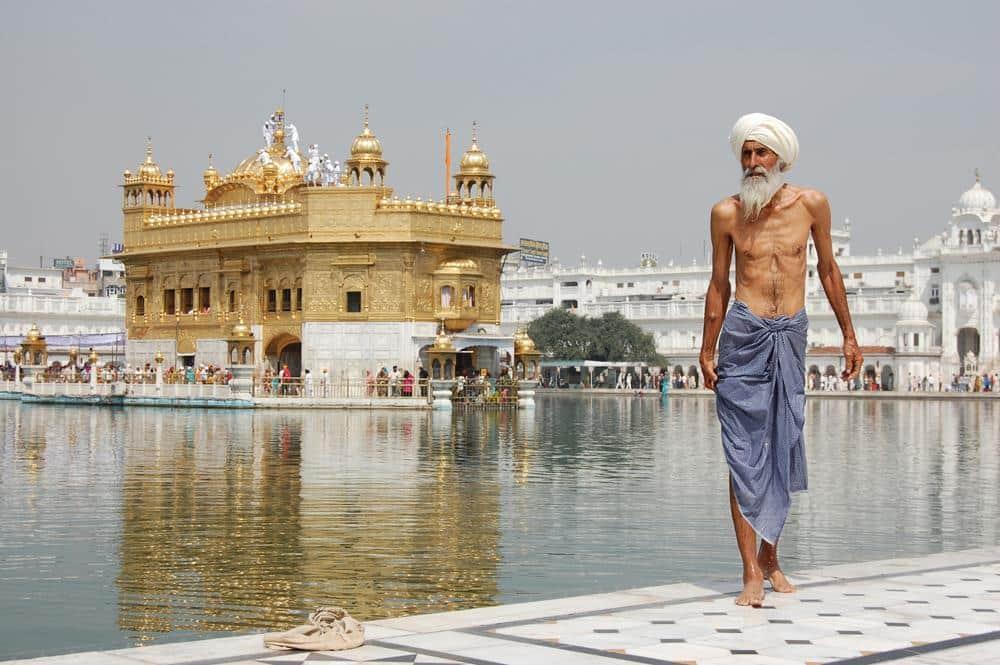 templo-dorado-amritsar-india