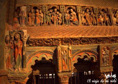 Interior de la Basilica San Vicente, Ávila, España