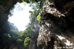 Interior de Batu Caves en Kuala Lumpur