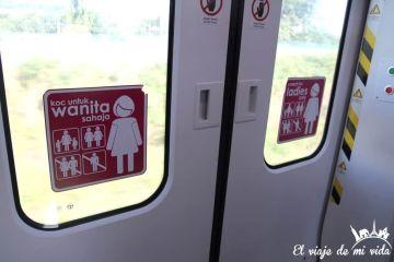 Vagones para mujeres en Malasia