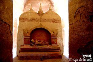 Rincones escondidos del templo Dhammayan Gyi