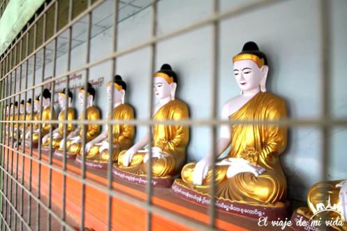 Budas de la pagoda U Min Thonze, Saqaing Myanmar