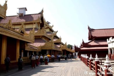Interior del Palacio Real de Mandalay, Myanmar