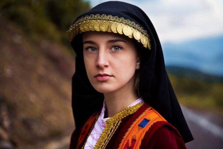 mujer-grecia-the-atlas-of-beauty