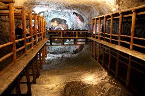Espejo de Agua en la Catedral de Sal de Colombia
