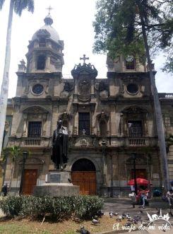 La Iglesia de San Ignacio, Medellín, Colombia
