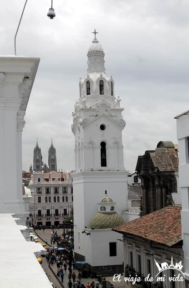 Vistas a la Catedral de Quito, Ecuador