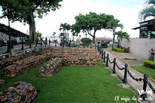 Restos de la antigua fortaleza