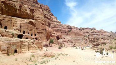 Fachadas de tumbas