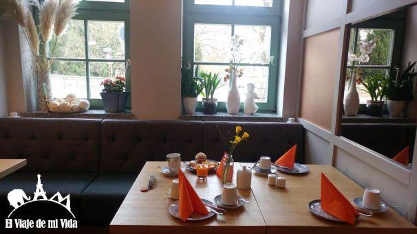 Desayuno en el Staathotel