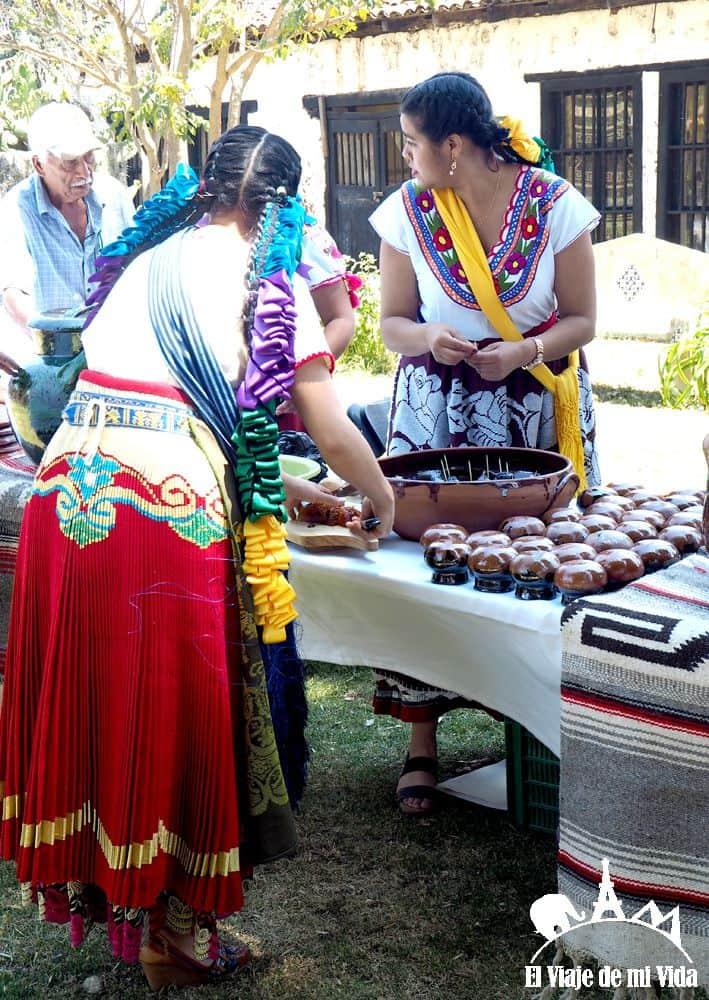 Traje tradicional de Michoacán