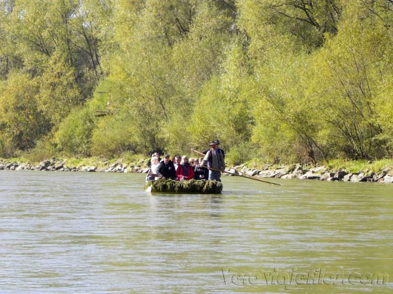 Balsa para el descenso del Dunajec