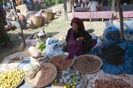 Lago Inle, Mercado de Maing Thauk 02