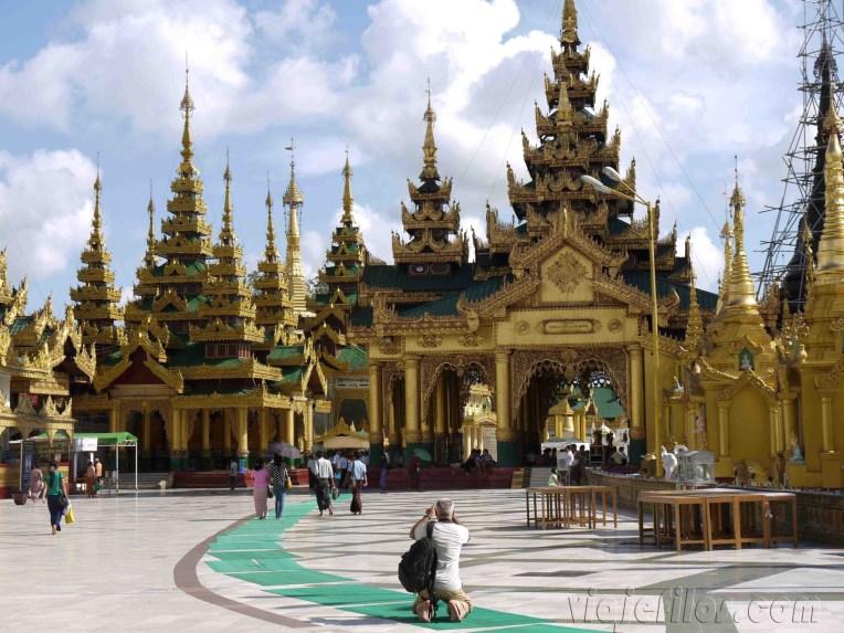 Yangón, Shwedagon Paya al atardecer