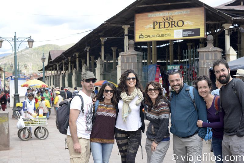Comer en el Mercado de San Pedro de Cusco