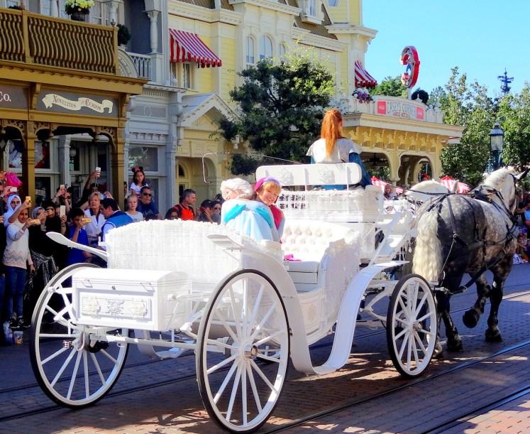 Frozen Disneyland Paris