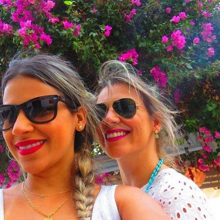 Ruas floridas em Mykonos