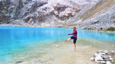 Agua gelada da Laguna 69