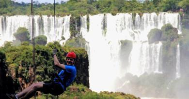 Foz do Iguaçu, além da beleza das Cataratas, também é destino para os amantes de esportes radicais