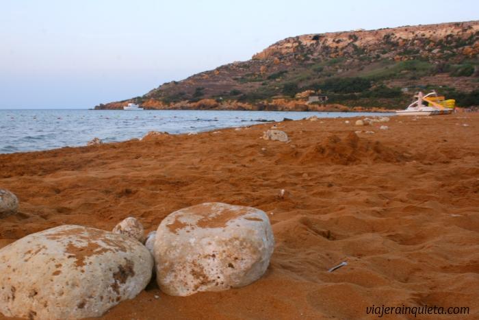 Playa arena roja Malta