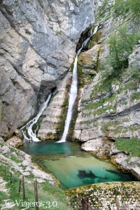 cascada Slap Savica en Eslovenia