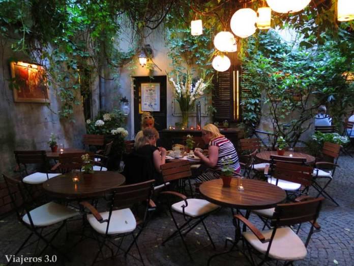 cafeterías de moda de Poznan