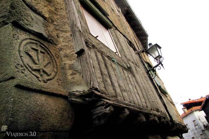 escudos en La Alberca
