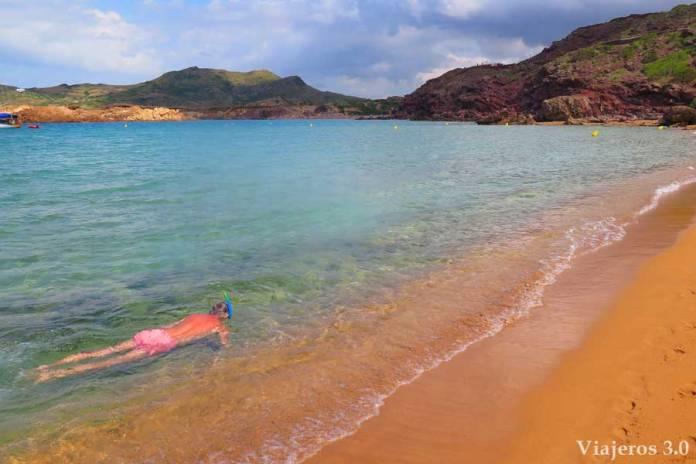 practicar snorkel en Cala Pregonda, que hacer en Menorca