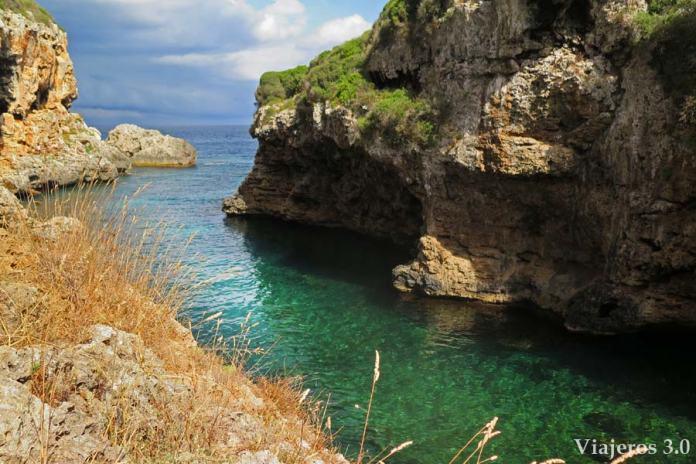 Cala Rafalet en el sur de Menorca