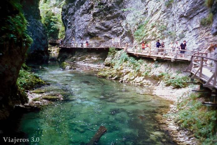 sendero cañón del río Vintgar, ruta por Croacia y Eslovenia