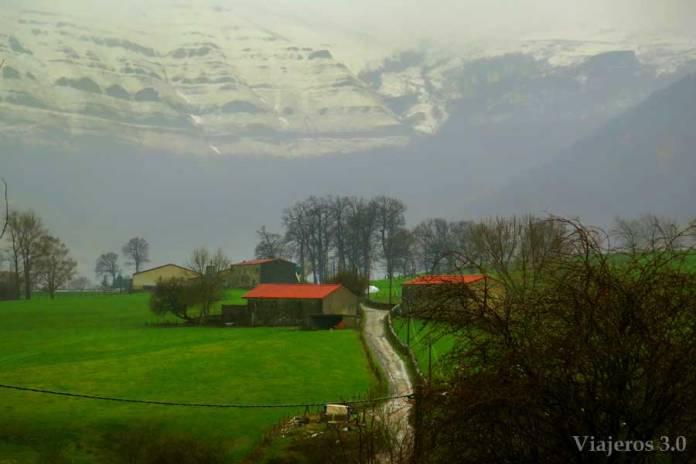 paisaje valle de Soba Cantabria