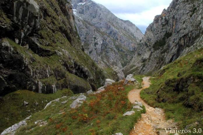 ruta de senderismo, Bulnes a pie
