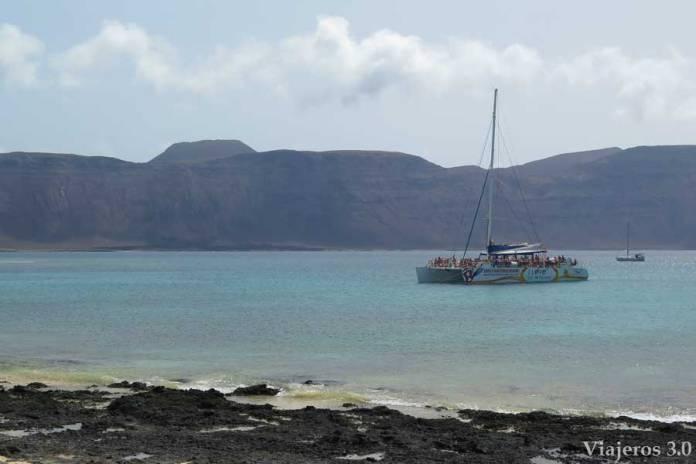 transporte en barco a la isla de La Graciosa