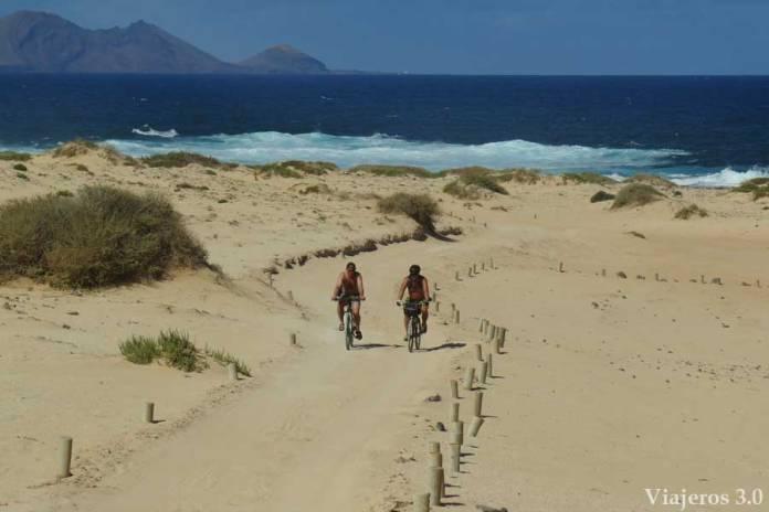 dunas playa del Ámbar en la isla de La Graciosa