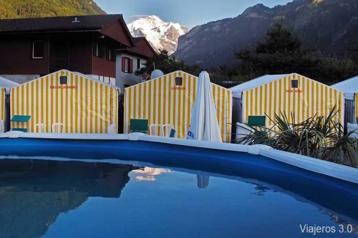 jacuzzi en The Tent Village, alojamiento barato en Interlaken