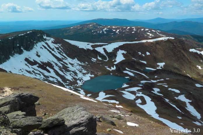 Vistas de la Laguna Urbión desde el pico Urbión