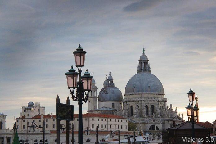Cómo ir desde el aeropuerto de Marco Polo al centro de Venecia