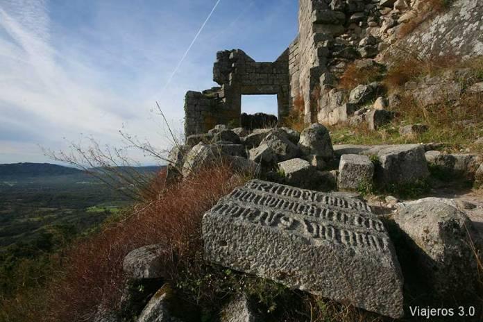 Restos del Castillo de Trevejo, un fin de semana en Sierra de Gata