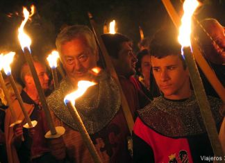 Desfile de antorchas en el Fin de Semana Cidiano