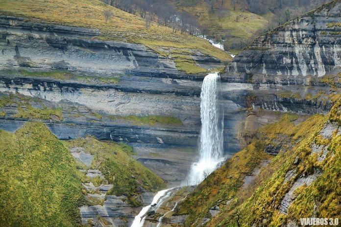 Cascadas en Burgos, cascada de San Miguel en Las Merindades