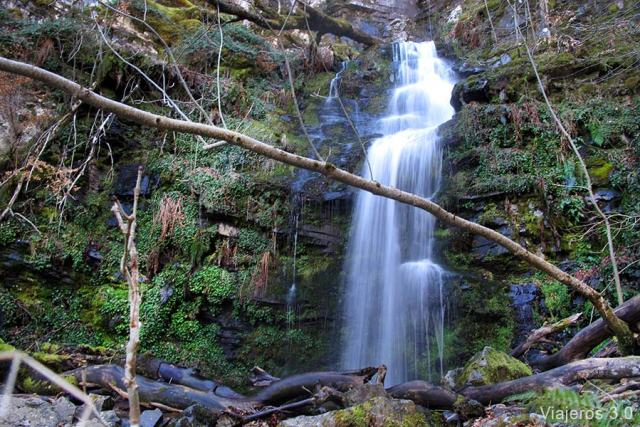 Santa Cruz del Valle Urbión, cascadas de Burgos