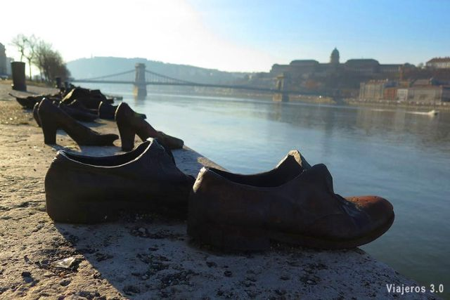Monumento de los zapatos, qué ver en Budapest