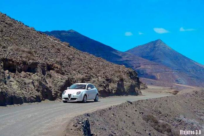 carretera hacia playa de Cofete, las mejores playas de Fuerteventura
