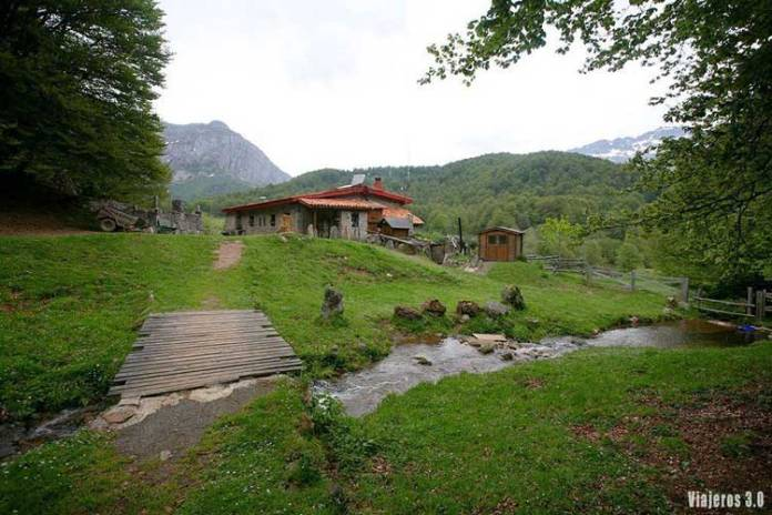Refugio de Vegabaño, senderismo en el Valle de Sajambre