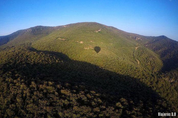 Montes Obarenes, volar en globo por La Rioja