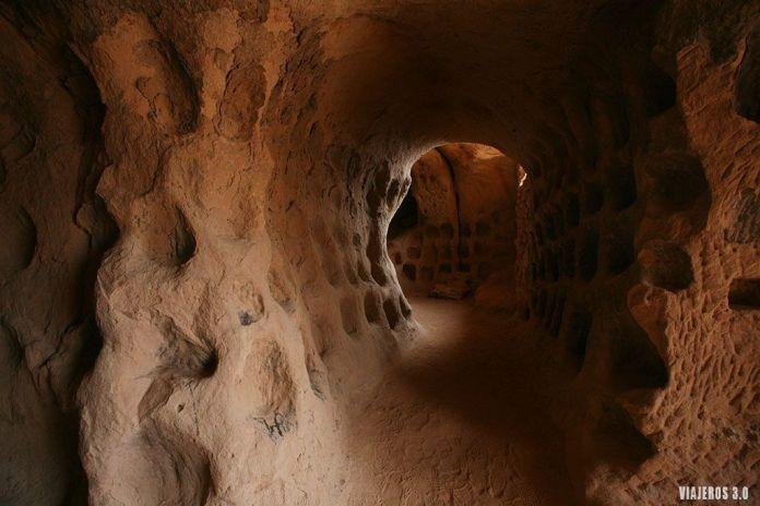 que ver Arnedo, cuevas de los cien pilares