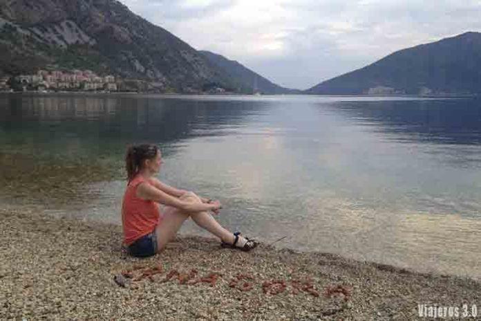Rebeca Serna de Viajeros 3.0 en la Bahía de Kotor